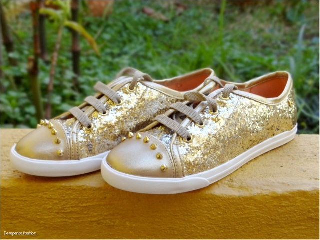 Tênis dourado 4