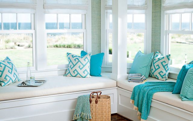 sunroom-with-turquoise-accent-for-chic-and-fresh-look