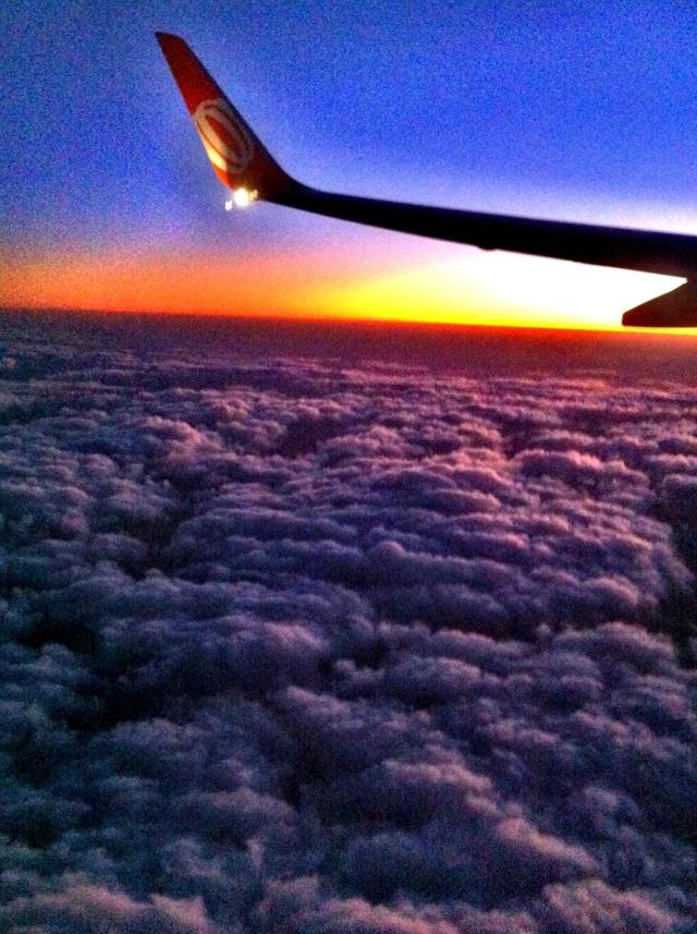 No céu.
