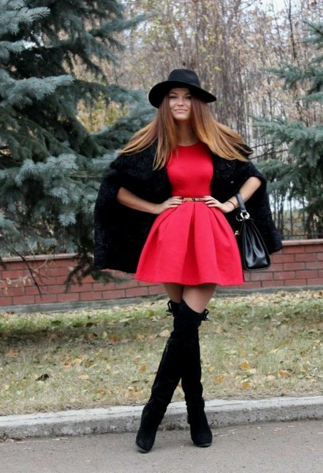 black-hats-red-dresseslook-main-single